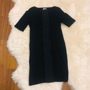 Dresses & Skirts - Straight Cut Dress Size 4